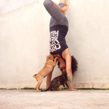 richelle-yoga-tulum-puppy